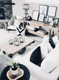 15 Perfect Modern Rustic Living Room Design Ideas For Your Autumn Season Shabby Chic Living Room, Living Room Modern, Living Room Interior, Home Living Room, Living Room Designs, Living Room Decor, Living Room Inspiration, Home Decor Inspiration, Muebles Living