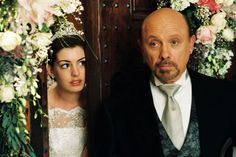 Anne Hathaway & Hector Elizondo (The Princess Diaries 2 Royal Engagement Garry Marshall. Up The Movie, Love Movie, Princess Diaries Quotes, Nicholle Tom, Garry Marshall, Diary Movie, Film Mythique, Barbie Movies, Julie Andrews