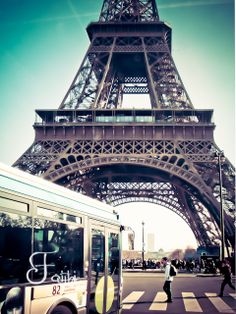 Exploring Paris: memories from the Trocadero Personal Portfolio, George Washington Bridge, Louvre, Memories, Paris, Explore, Spam, Building, Pictures