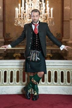 This man in his kilt has got to do what a man in such a kilt has to do. Scottish Man, Scottish Kilts, Scottish Dress, Men In Kilts, Kilt Men, Modern Kilts, Tartan, Plaid, Man Skirt