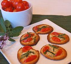 Pizzettes with Tomato, Gorgonzola and Basil #appetizer #recipe