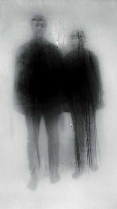 John Batho Notion: Révéler en cachant, empreinte, trace,  silhouette.