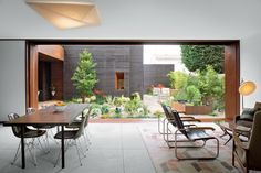 Dwell Magazine: beautiful indoor/outdoor spaces