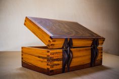 Box for wedding with wooden hinges - by LeChuck @ LumberJocks.com ~ woodworking community