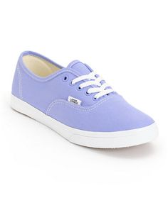 Add a pop of color to any outfit with the Vans Authentic Lo Pro Jacaranda Purple and True White shoe. The durable canvas upper is constructed on top of a vulcanized rubber outsole with Vans micro-waffle tread for grip, while the slim design and low profil Outfits With Vans, Keds, Vans Shoes, Shoes Sandals, Estilo Geek, Purple Vans, Purple Shoes, Vans Authentic Lo Pro, Shopping