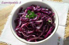 La ricetta che vi propongo oggi è l' insalata di cavolo rosso crudo, un'insalata…