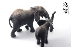 needle felt animal Elephant  Loxodonta africana                            contact :75749582@qq.com