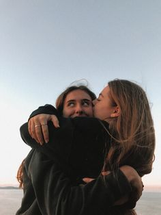 Foto Best Friend, Best Friend Photos, Best Friend Goals, Friend Pics, Best Friends Shoot, Cute Friends, Flipagram Instagram, Photos Bff, Bff Pics