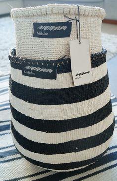 Mifuko black&white Kiondo baskets