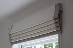 Dumbfounding Unique Ideas: Bamboo Blinds Exterior wide blinds for windows.Wooden Blinds With Valance diy blinds cornice boards. Diy Blinds, Shades Blinds, Blinds Ideas, Shades Window, Privacy Blinds, Window Privacy, Blinds For Windows, Curtains With Blinds, Window Blinds