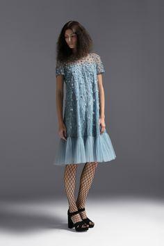 Escada Pre-Fall 2018 Fashion Show Collection
