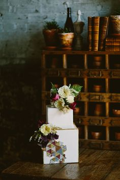 Photography: Redfield Photography - www.redfieldphoto.com/ Floral Design: Sebesta Design - sebestadesign.com/   Read More on SMP: http://www.stylemepretty.com/2014/06/30/modern-organic-inspiration-shoot/