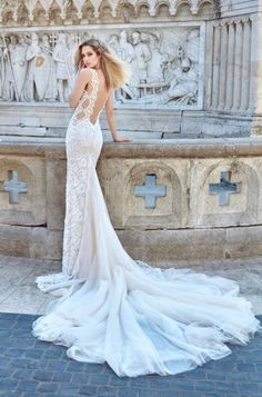 See Galia Lahav Haute Couture's spectacular new 2016 Ivory Tower Wedding Dress Collection http://www.confettidaydreams.com/galia-lahav-2016-ivory-tower/
