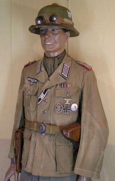 1. Modell eines Oberstleutnants der Artillerie DAK