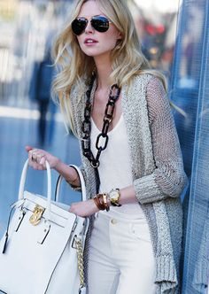 {white + gold + casual}