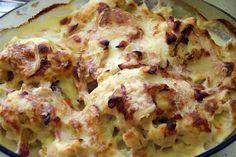 recette Gratin de choux fleur au jambon fumé et maroilles Lasagna, Cauliflower, Vegetables, Ethnic Recipes, Food, White Sauce, Brussels Sprouts, Vegetable Dish, Cauliflowers