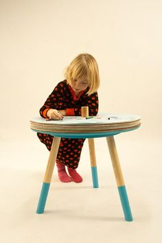Come Draw and Play, Tian tang Pour dessiner sur les tables