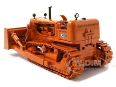 Allis-Chalmers...nicely detailed model Antique Tractors, Vintage Tractors, Mining Equipment, Heavy Equipment, Ford Bronco 1996, Allis Chalmers Tractors, New Tractor, Crawler Tractor, Model Train Layouts