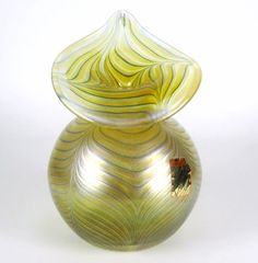 Joska Studio Design Glas Vase Label irisierend Handarbeit Iridescent Glass Vase
