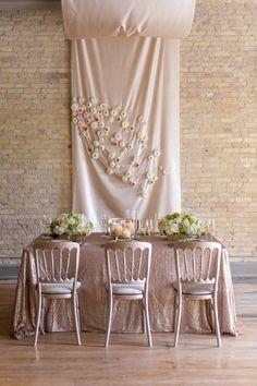 Onyx and honey wedding ideas | Photo by Heather Cook Elliott Photography | Read more - http://www.100layercake.com/blog/?p=76584 #metallic #rosegold #artdeco