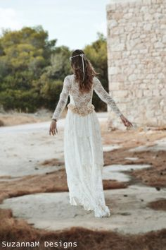 Ivory Lace Bohemian Wedding Dress Long Bridal door SuzannaMDesigns