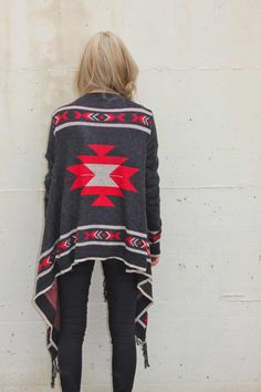 Tribal poncho   CLICK THIS PIN if you want to learn how you can EARN MONEY while surfing on Pinterest