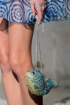 Junko Shimada at Paris Fashion Week Spring 2017 - Details Runway Photos Sunglasses Accessories, Fashion Accessories, Latest Bags, Unique Bags, Beaded Bags, Cute Purses, Cute Bags, Fashion Bags, Paris Fashion