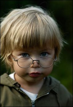 Cute little boy with glasses Precious Children, Beautiful Children, Beautiful Babies, Cute Kids, Cute Babies, Baby Kids, Little People, Little Boys, Katherine Mansfield