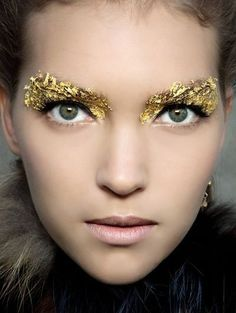 Edgy Beauty Looks Inspired By 'The Hunger Games'   Fierce Golden Drama From the Capitol