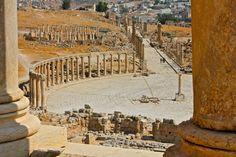 An Expansive View of Jerash, Jordan    The Ancient Roman Ruins of Jersah www.greenglobaltravel.com