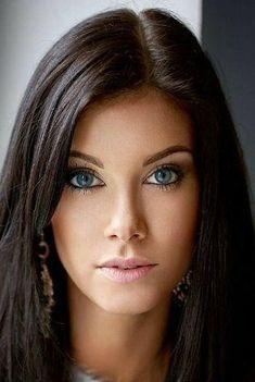 Gorgeous beautiful woman - Trending Still Arts & Designs for 2019 - Gorgeous beautiful woman still arts beautiful gorgeous woman - Most Beautiful Eyes, Stunning Eyes, Pretty Eyes, Beautiful Gorgeous, Gorgeous Women, Very Beautiful Woman, Beautiful Images, Girl Face, Woman Face