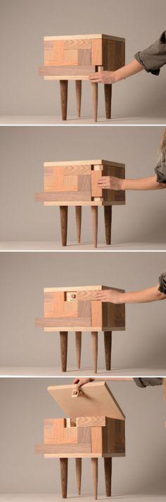 瑞典设计师Tove Greitz设计的隐藏凳,也是一个储物箱,不过要打开它,可得正确移动这些小木块哦。