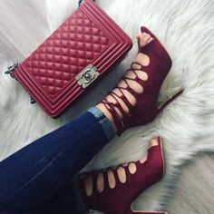 burgundy-strapy-shoes-with-chanel-bag- Classy pumps with matched bags http://www.justtrendygirls.com/classy-pumps-with-matched-bags/