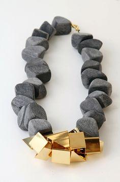 Noritamy Wooden Necklace via DeSmitten
