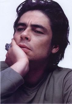 Benicio Del Toro...ay, chico.
