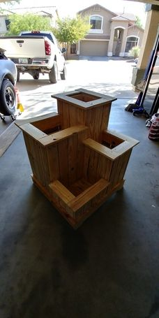 I had been wanting to make something using reclaimed pallets. My future mother-i., I had been wanting to make something using reclaimed pallets. My future mother-in-law loves gardening so I decided to make her something special for. Tiered Planter, Wooden Garden Planters, Planter Boxes, Backyard Projects, Outdoor Projects, Wood Plans, Diy Wood Projects, Woodworking Projects, Gazebo