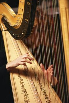 It's a Colorful Life ~ — Woman's hands playing harp, close-up by Yellow Dog. Sound Of Music, Music Love, Music Is Life, Tristan Et Iseult, Musica Celestial, Mala Persona, Piano, Greek Gods, Classical Music