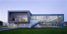 Image 1 of 25 from gallery of East Oakland Sports Center / ELS Architecture and Urban Design. Photograph by David Wakely