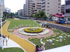 大横川親水公園。スカイツリーの南側。