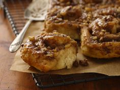 Looking for classic sweet bread using Gold Medal® flour? Then check out these caramelized apple rolls - perfect for any occasion.