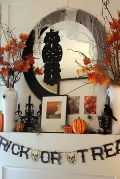 Halloween Mantle via sweetsomethingdesign.blogspot.com