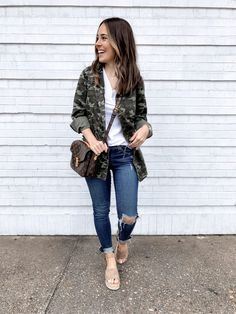 crop top outfits with long skirt Camo Outfits, Crop Top Outfits, Hot Outfits, Spring Outfits, Casual Outfits, Winter Outfits, Camo Fashion, Camouflage Fashion, Instagram Outfits