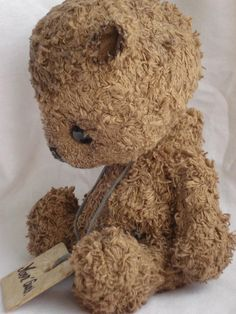 Items similar to Mon'Ours (Open edition, you can order your's) on Etsy Felt Animals, Cute Animals, Skinny Girl Body, Stuffed Animal Cat, How To Make Toys, Love Bear, Bear Doll, How To Introduce Yourself, Art Dolls
