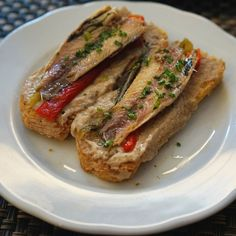 Tosta de Sardinha for tapas.  #travel #carameltrail #portugal #gastronomy #foodie #ilovefood #sardines #yummy #offthebeatenpathrestaurants