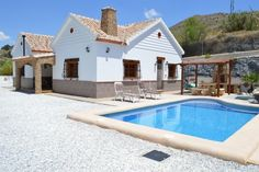 One off architect designed 3 bed 2 bath character house with 8x4 pool, detached garage, 1146m plot and uninterrupted stunning views Oria