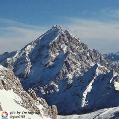 Conosciuto come il Re delle #Dolomiti, il maestoso Antelao #dolomitiVenete #visitveneto
