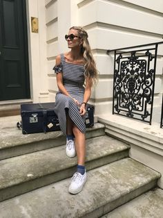 Laura Bailey wearing Mother of Pearl Rowena dress from Resort 17 collection on her way to Cannes 2017!#motherofpearl #laurabailey #gingham #streetstyle #dress