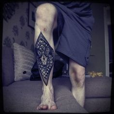 Check out these best leg tattoos for men, which highlights the flexibility of the leg when it comes to accommodating tattoo designs of every shape and size. Front Thigh Tattoos, Best Leg Tattoos, Wrist Tattoos For Guys, Cool Tattoos For Guys, Top Tattoos, Tatoos, Tribal Tattoos, Leg Sleeve Tattoo, Leg Tattoo Men