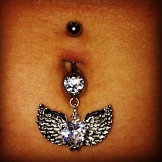 love this belly button ring :)