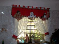 cortinas navideñas Christmas Sewing, Felt Christmas, All Things Christmas, Christmas Home, Christmas Holidays, Handmade Christmas Decorations, Xmas Decorations, Holiday Decor, Christmas Projects